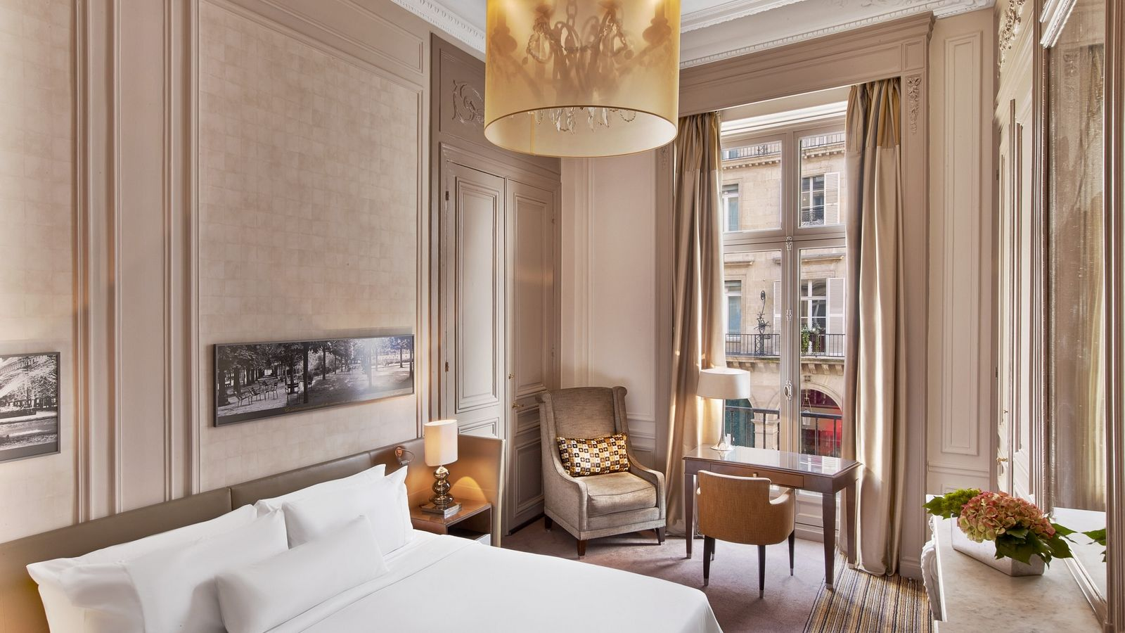 Номер Superior at The Westin Paris Vendome